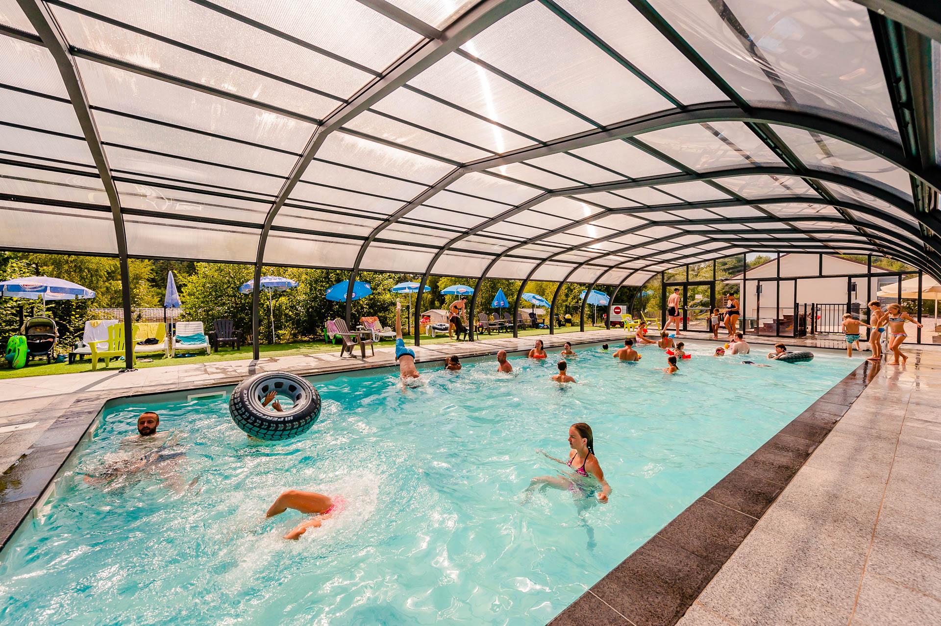 Camping & pool