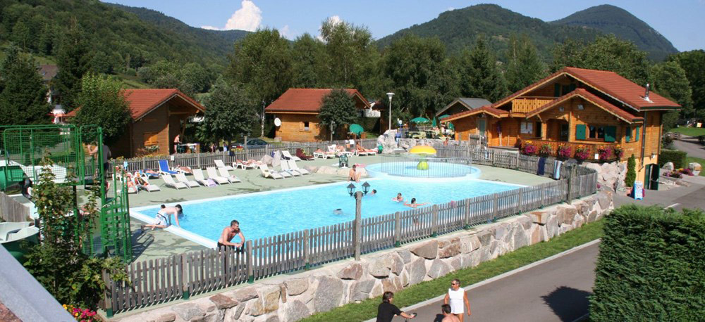 5 toiles camping lorraine for Piscine commercy
