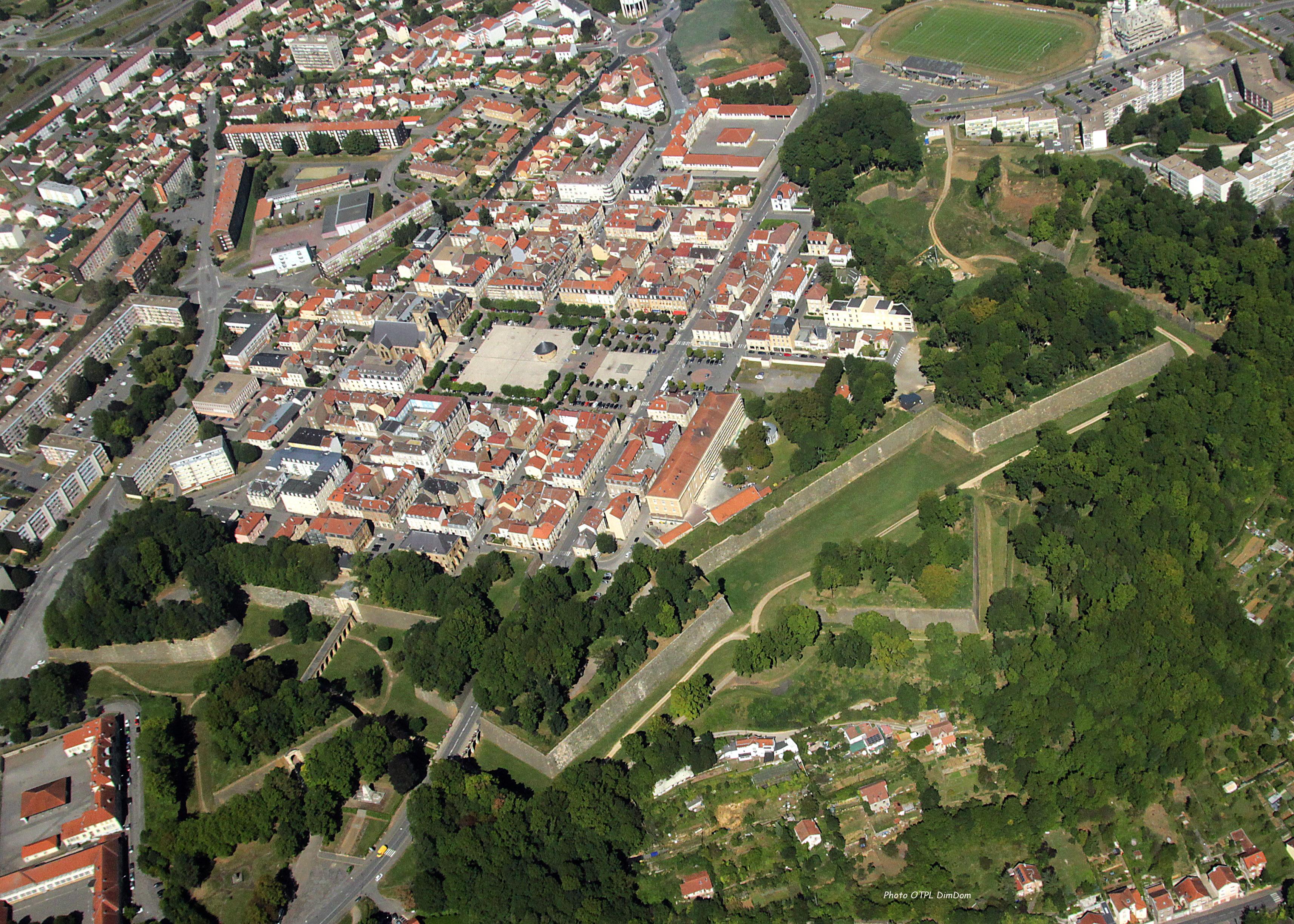 Longwy France  City pictures : Campings autour des sites historiques en Lorraine